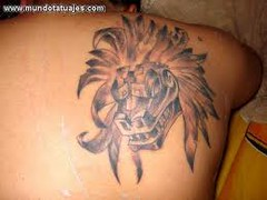 Cabeza De Quetzalcoatl Serpiente Emplumada Tatuajes Azte Flickr