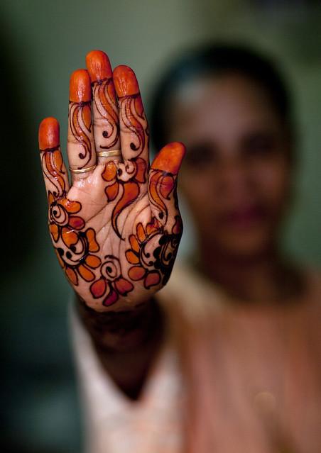 Swahili woman in henna fucked in mombasa - 5 3