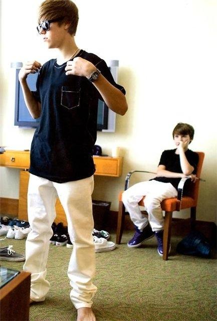 Justin Bieber Barefoot Tumblr Justin bieber feet