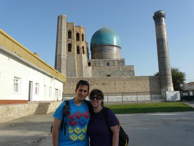 Sele y Rebeca en Uzbekistán