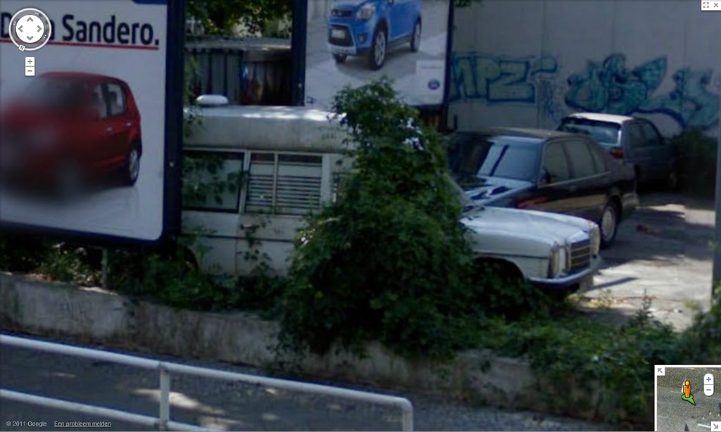 Via Google Maps gevonden | Mercedes-Benz W114 W115 Visser am… | Flickr