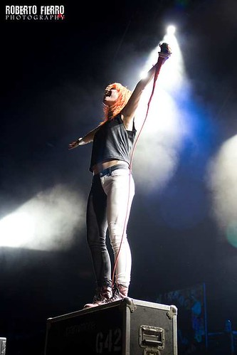 Paramore - Hayley Williams | by Roberto Fierro