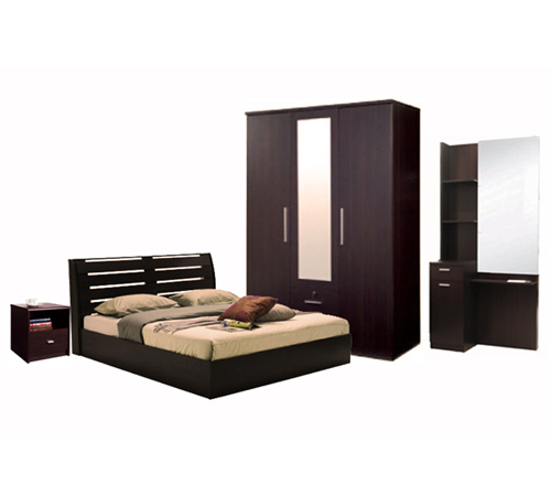 Plus bedroom set design centre pakistan plus and metro for Three room set design