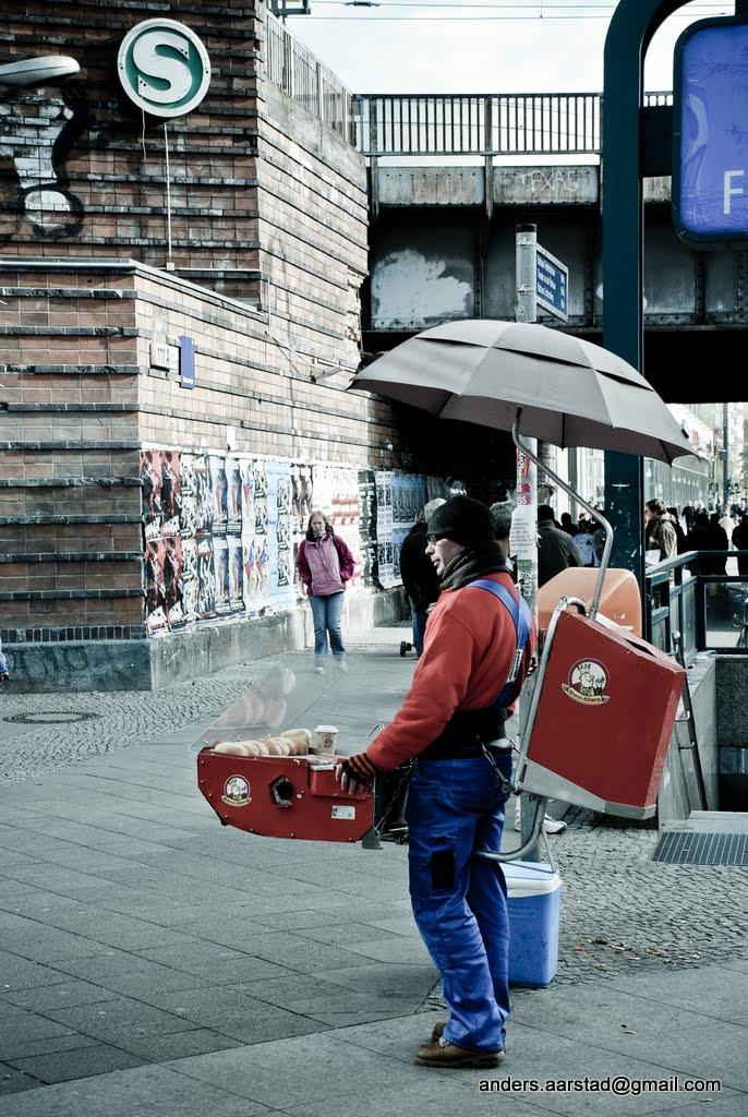 hot dog man berlin blogomentary flickr. Black Bedroom Furniture Sets. Home Design Ideas