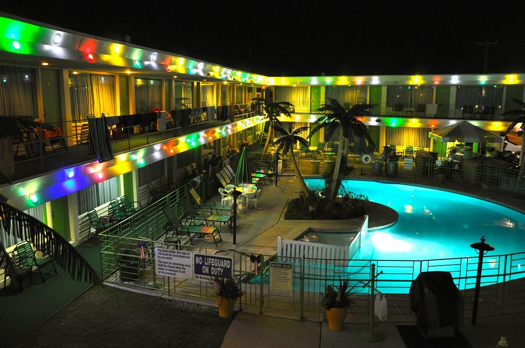 Wildood Hotel On Beach