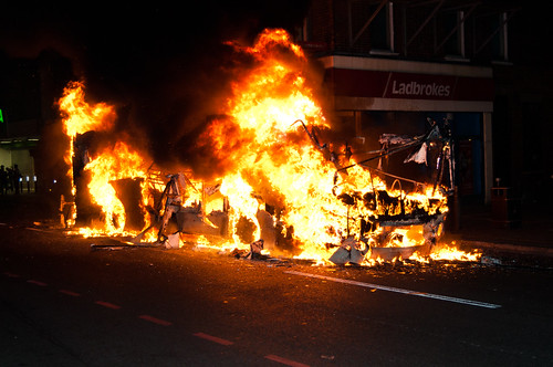 Tottenham Riots - 6th August 2011 | by Matthew Benjamin Coleman