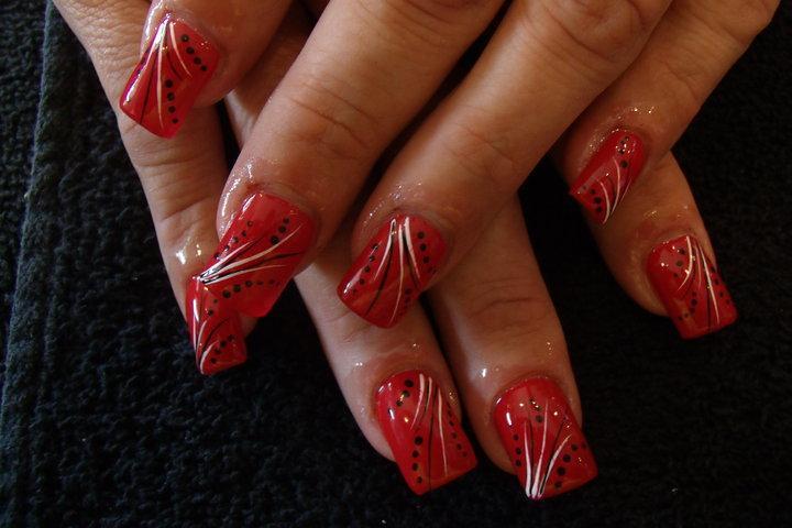 Unas Decoradas Unas Rojas Con Puntos Y Lineas Diseno Excl Flickr