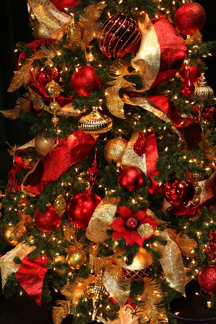 red and gold christmas tree decorations flickr photo. Black Bedroom Furniture Sets. Home Design Ideas