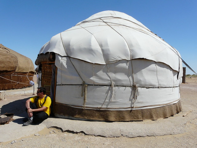 Sele en una yurta en Uzbekistán