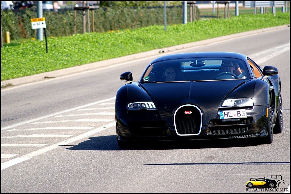 bugatti veyron super sport in molsheim 2 bugatti veyron flickr. Black Bedroom Furniture Sets. Home Design Ideas