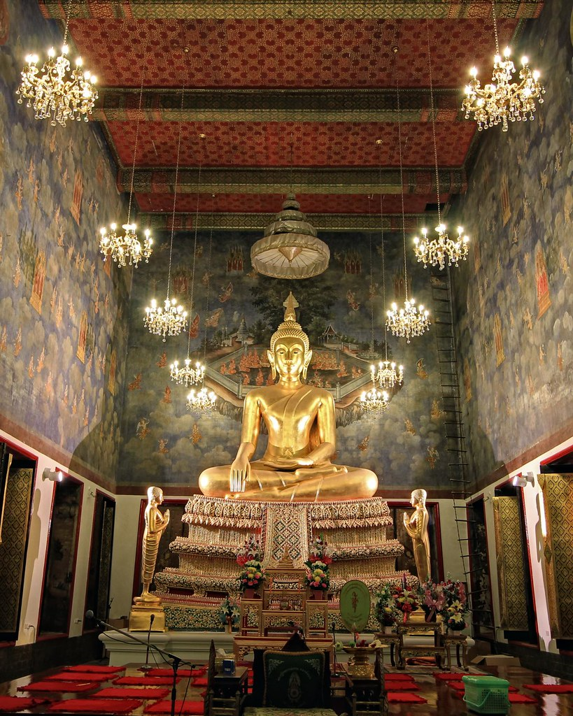 Ubosot Interior / Wat Ratchanatdaram / Bangkok  Located ...