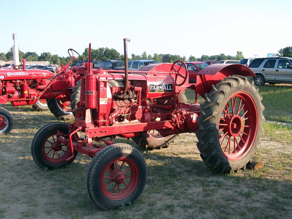Farmall F 12 : Mccormick deering f and super c farmall tractors flickr