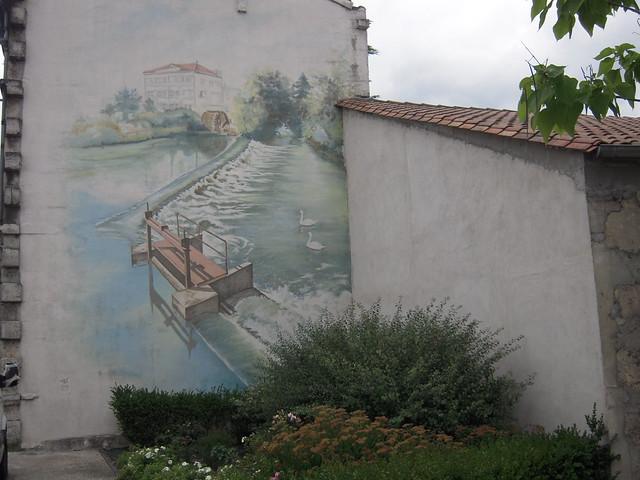 Un mur peint le nom touvre vient du nom des sources car for Poncer un mur peint