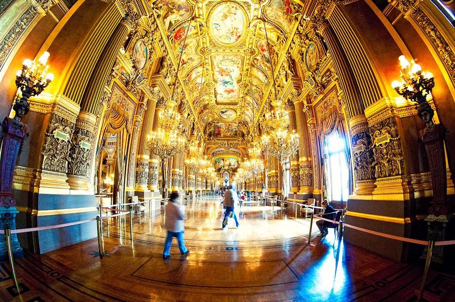 Le Grand Foyer Medicis : Le grand foyer inside the most beautiful