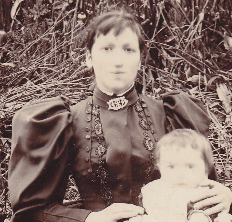 Anonymous woman and child. (enlarged detail)