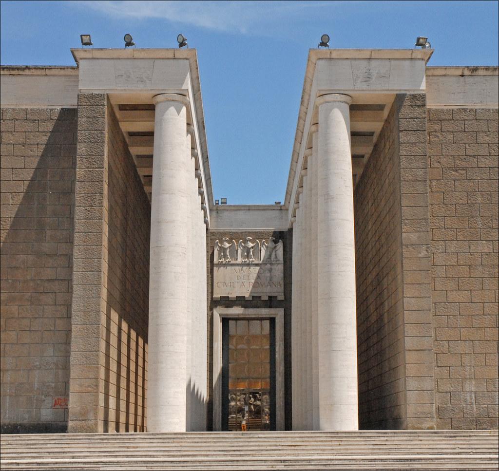 L 39 entr e du mus e de la civilisation romaine eur rome for Architecture deconstructiviste