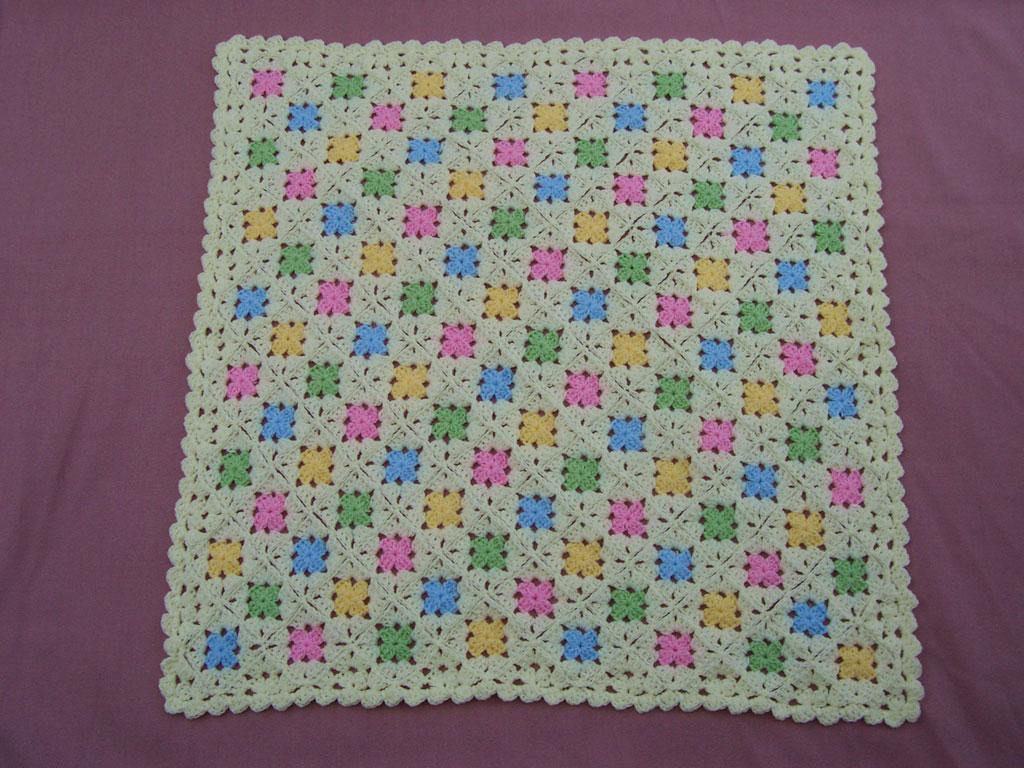 Peque os cuadraditos arrorr en colores - Cuadraditos de crochet ...