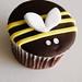 Buzzing Bee cupcake