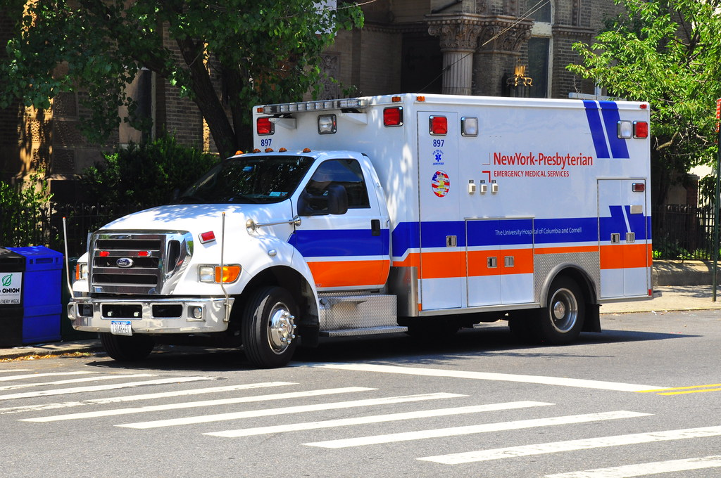 New York Presbyterian Ems Ambulance Triborough Flickr