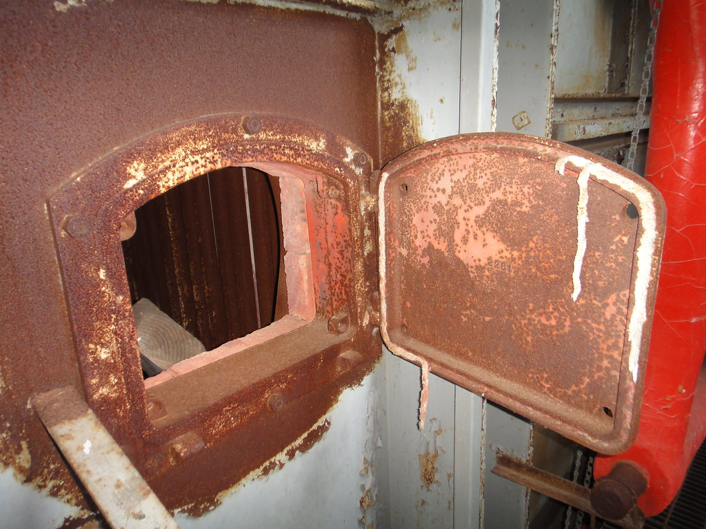 ... Another Boiler Door with Damaged Asbestos Rope Gasket | by Asbestorama & Another Boiler Door with Damaged Asbestos Rope Gasket | Flickr