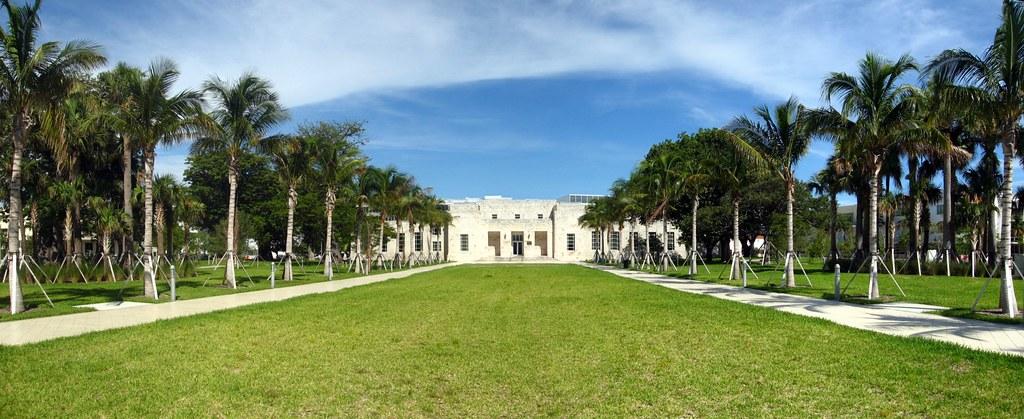 Miami Beach Collins