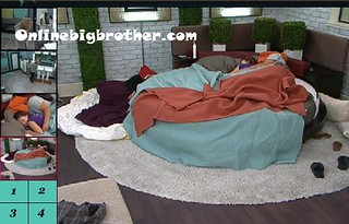 BB13-C4-7-28-2011-9_40_43.jpg | by onlinebigbrother.com