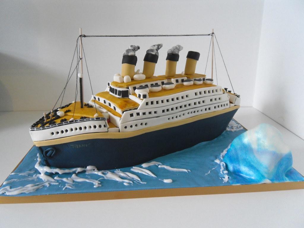 Titanic Cake Decorations