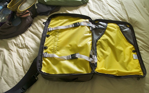 Tom Bihn Tri-Star Review | by academichic