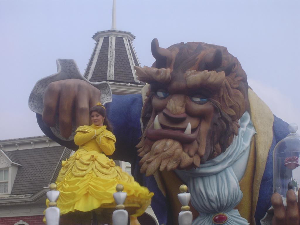 Disney - Carroza la bella y la bestia - DAVID BURILLO - Flickr