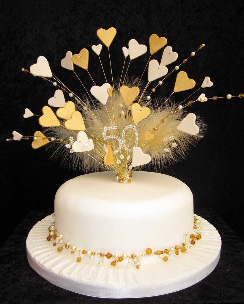 golden wedding cakes decorations 50th golden wedding anniversary cake topper this is a 14767