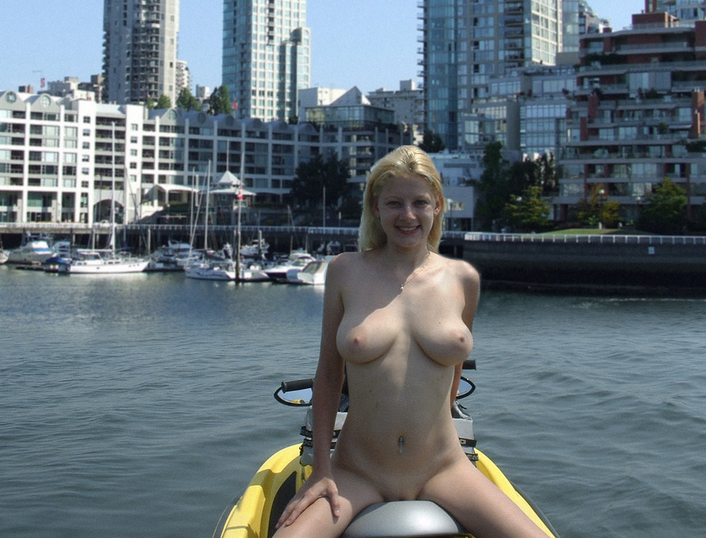 Sexy naked women on jet ski topic