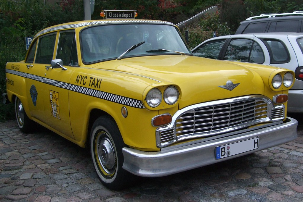 Checker cab new york city taxi 1977 yellow cab for Schuhschrank yellow cab