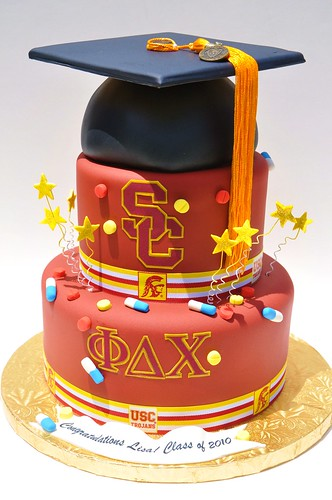 USC School of Pharmacy Graduation Cake | by thecakemamas
