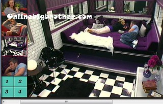 BB13-C3-8-2-2011-2_37_50.jpg | by onlinebigbrother.com
