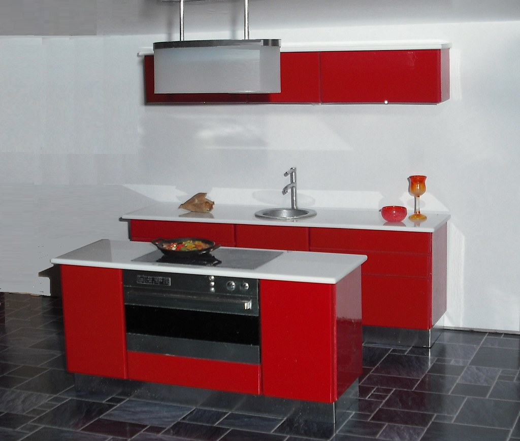 Red Kitchen Glassware: 1:12 Red Kitchen With Oval Glass Extractor