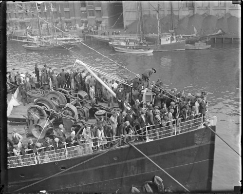SS Canopic lands in Boston, 4000 immigrants flock to U.S. daily | by Boston Public Library