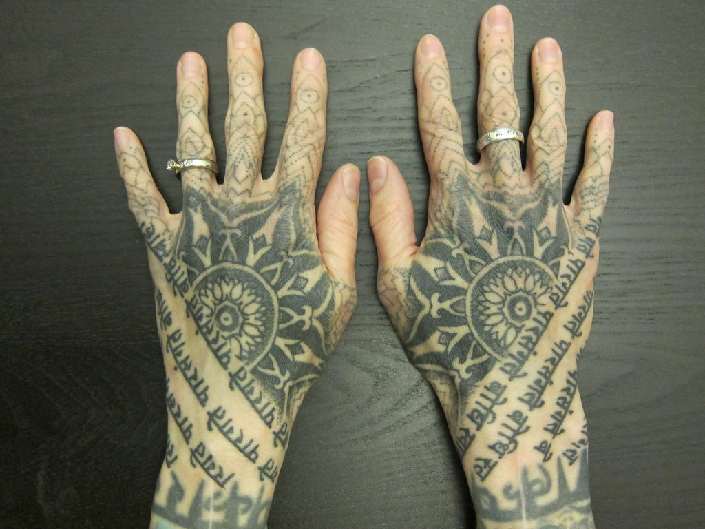 hand tattoos by thomas hooper healed headovmetal flickr. Black Bedroom Furniture Sets. Home Design Ideas