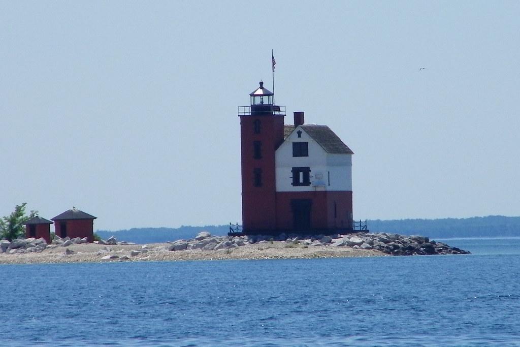 Free Ferry Ride To Mackinac Island
