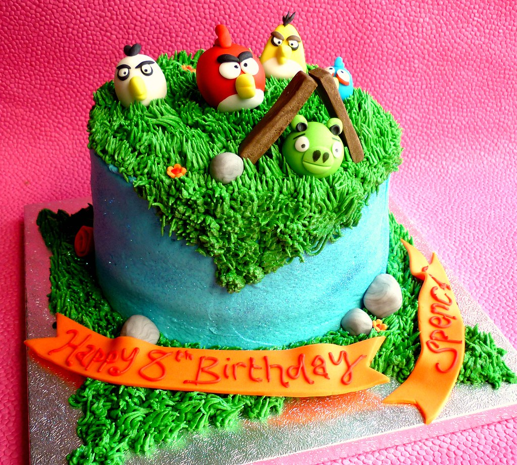 Angry Birds Birthday Cake This Is A Cake Decorated Using B Flickr