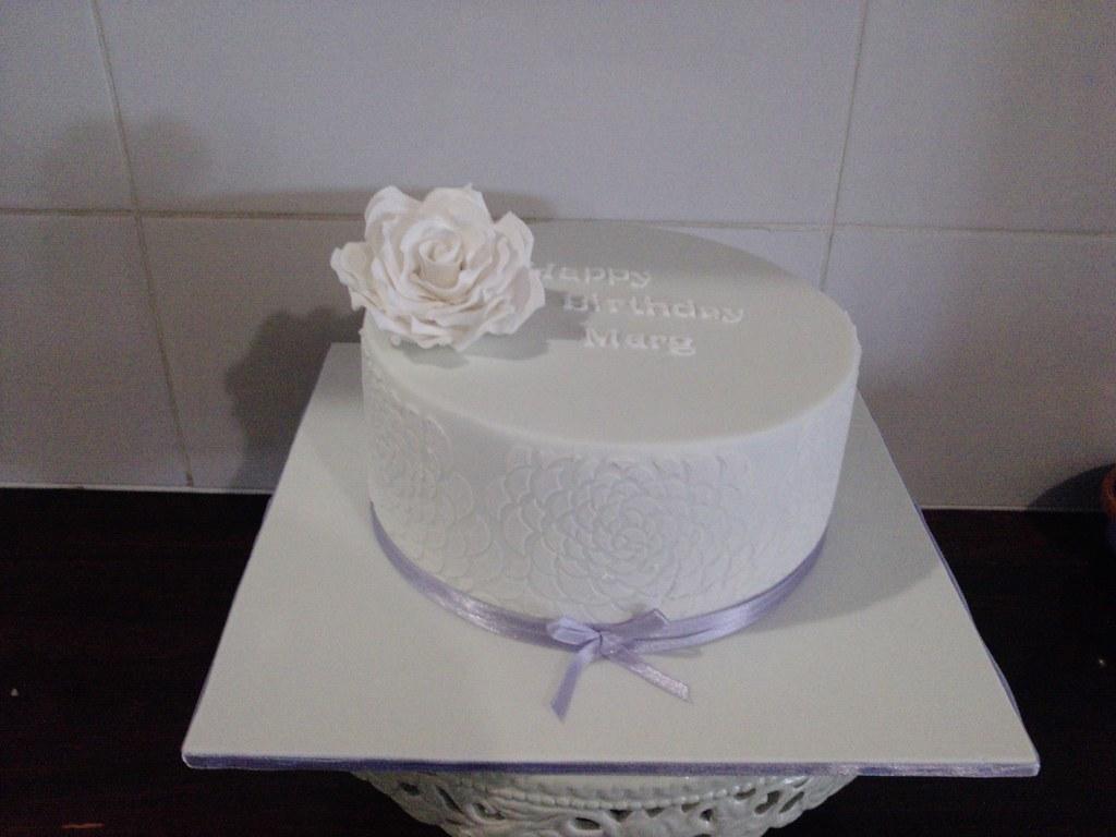 Simple Elegant Birthday Cake Rachel Hayes Flickr