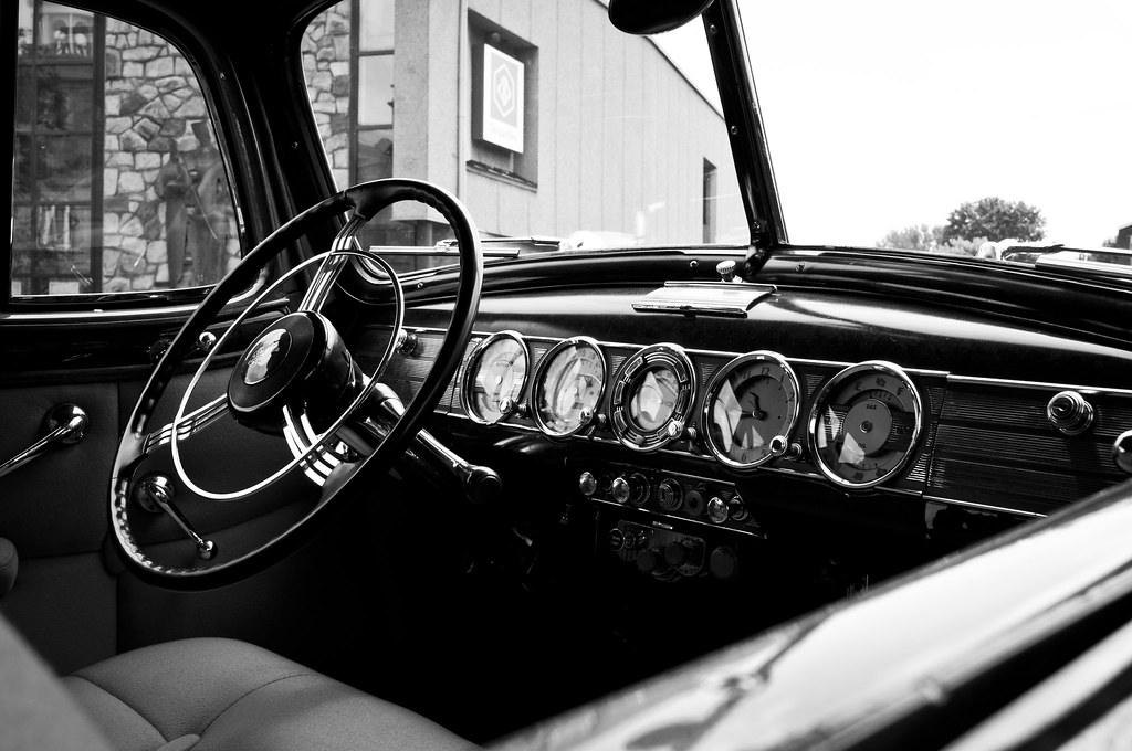 Vintage cars exhibition 2011 by melissa lepage photography