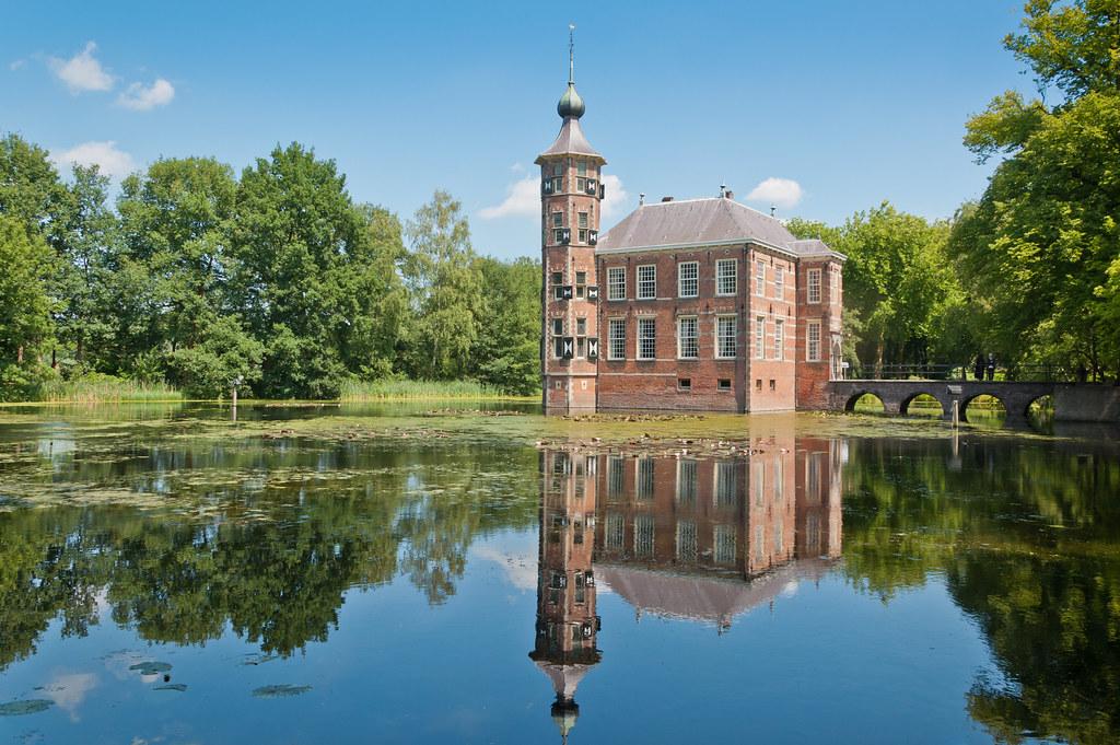 Kasteel Bouvigne, Breda   Dutch Castle Bouwvigne, Breda   Flickr