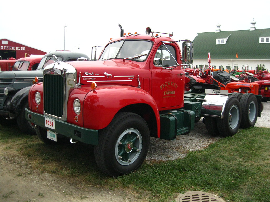 1964 Mack Truck (Tractor) B-61 with Thermodyne engine | Flickr