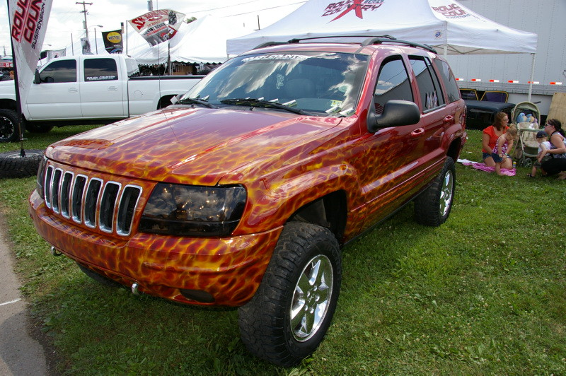 Unique Paint Job On A Jeep Grand Cherokee | Bloomsburg 4 ...