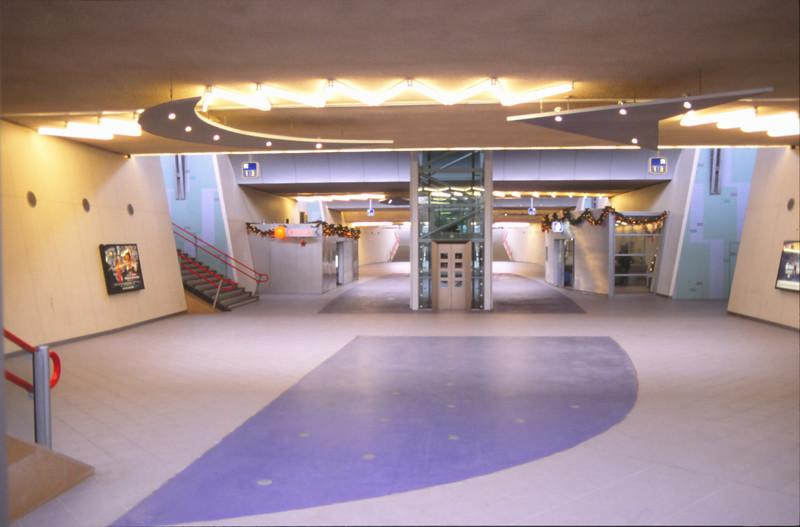 45 26270 rotterdam lombardijen 29 december 1997 slechts for Lombardijen interieur rotterdam