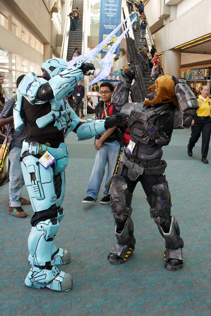 Red vs blue cosplay