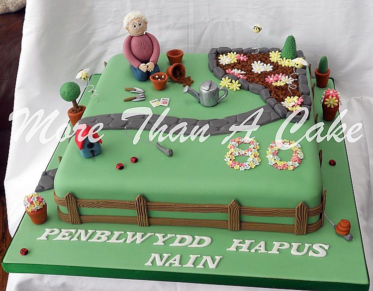 Gardening Birthday Cake Ideas