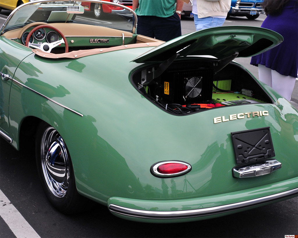 1957 Porsche Speedster Replica Electric Green Rear V
