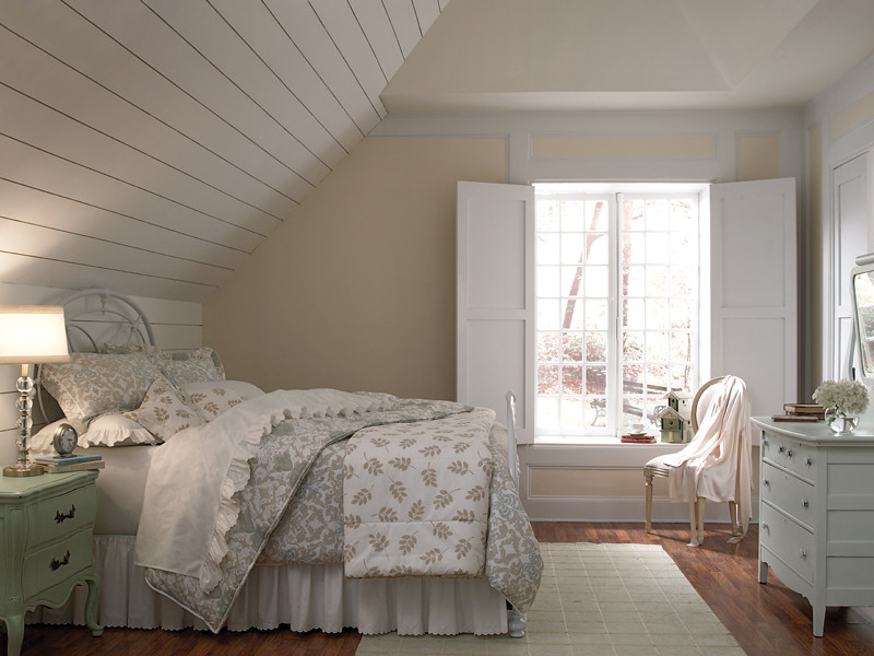 Country bedroom main walls cottage white 1813 board for White country bedroom
