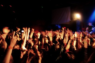 Crowd | by deadserpents